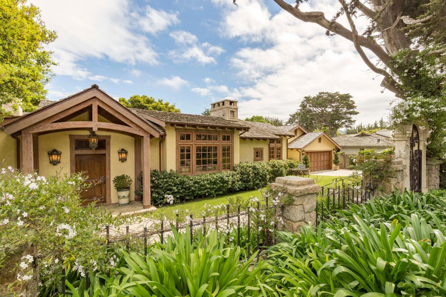 Property for sale at 26325 Isabella AVE, Carmel,  California 93923