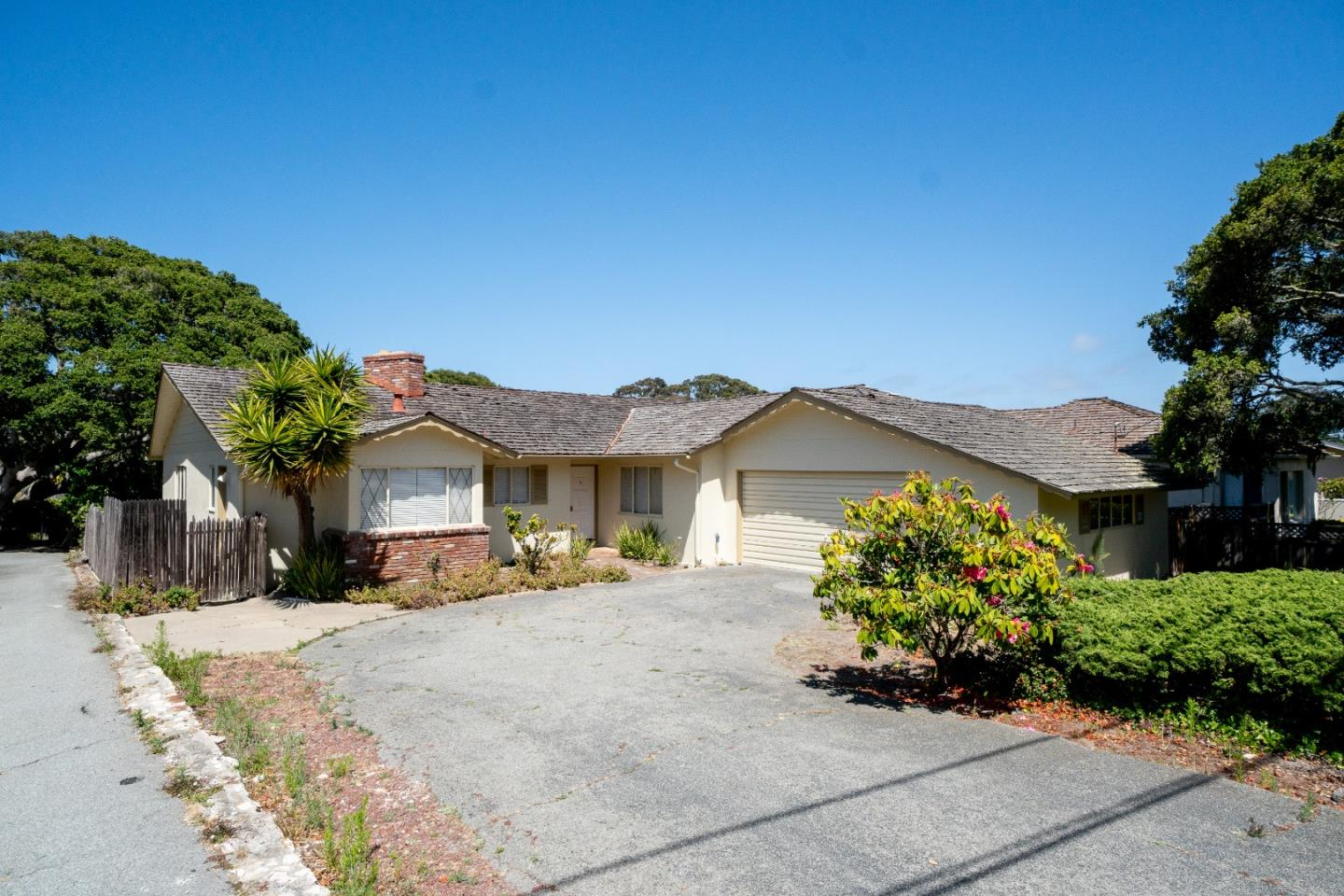 Property for sale at 912 Bayview AVE, Pacific Grove,  CA 93950