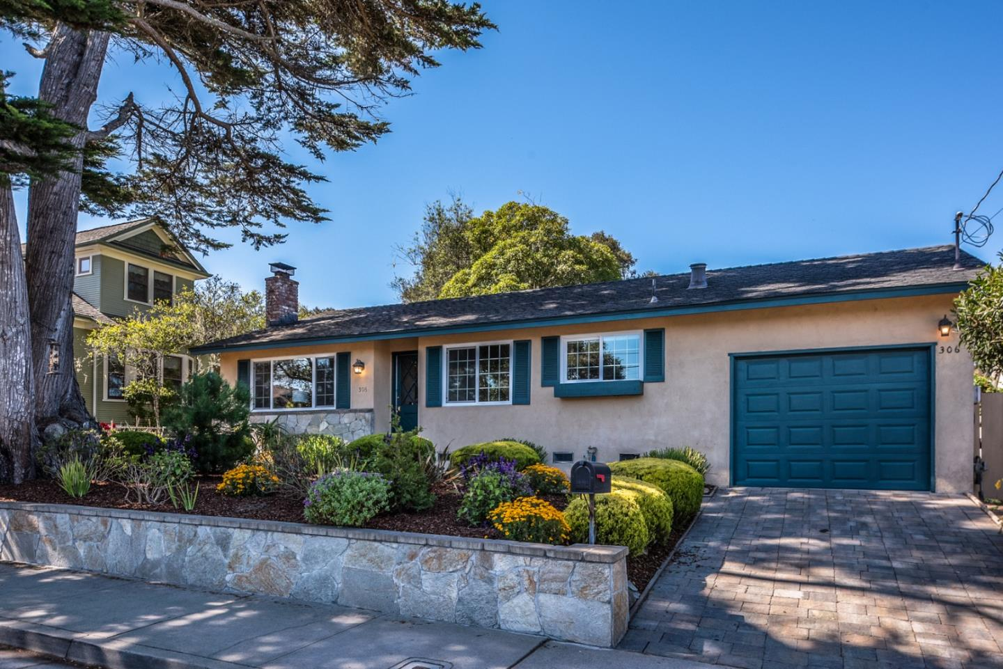 Property for sale at 306 Walnut ST, Pacific Grove,  CA 93950
