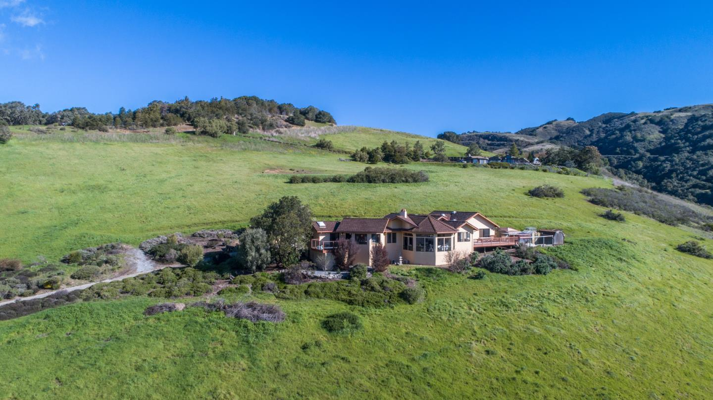 Property for sale at 3 Oak Meadow LN, Carmel Valley,  California 93924
