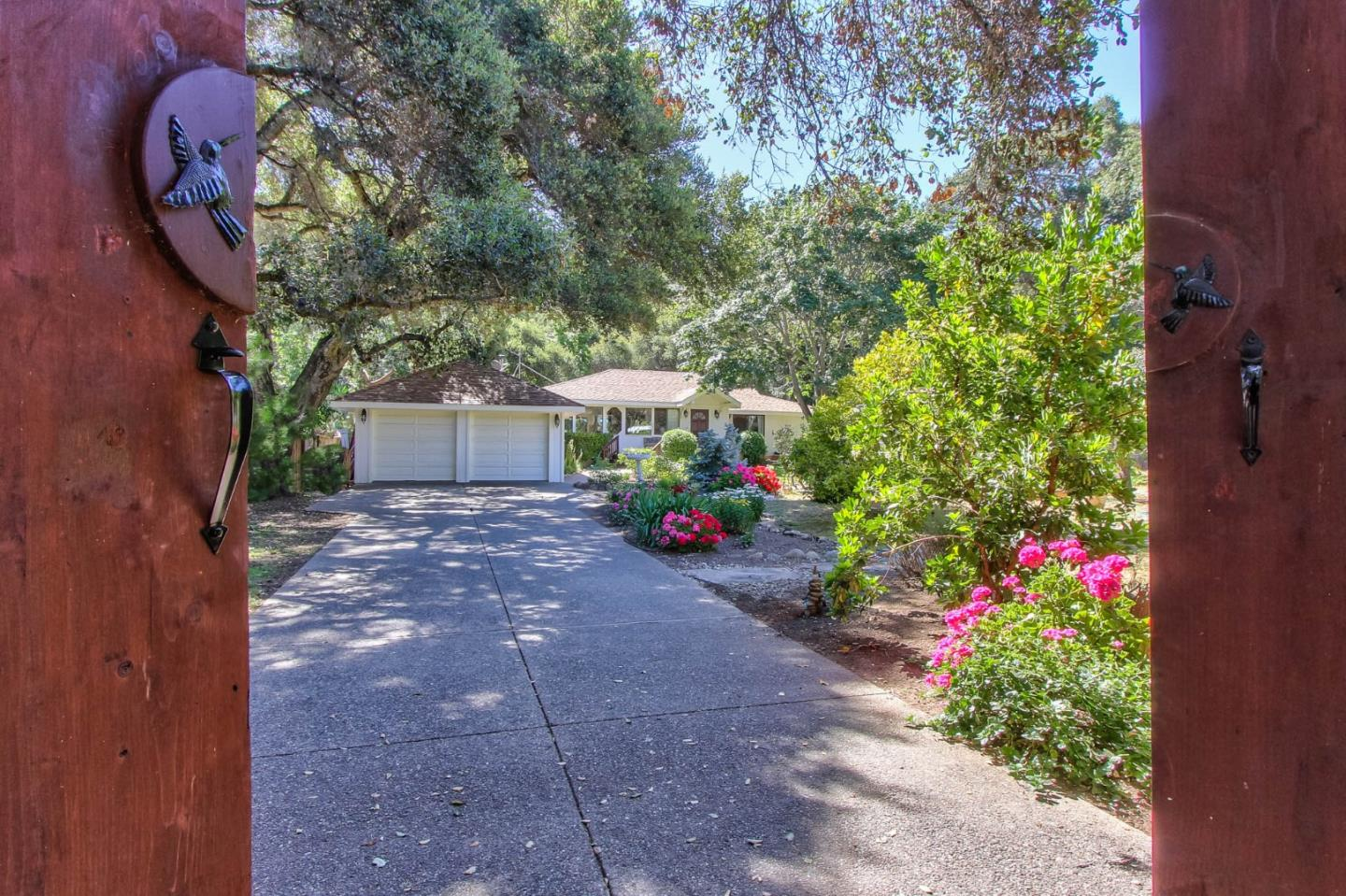 Property for sale at 10 Upper CIR, Carmel Valley,  California 93924