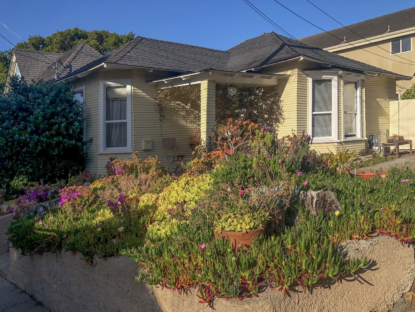Property for sale at 313 & 315 11th ST, Pacific Grove,  California 93950