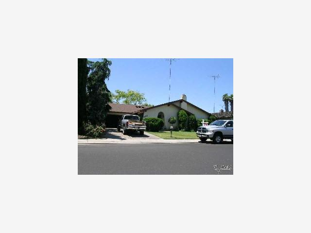 185 Mulholand Drive Ripon, California 95366, 4 Bedrooms Bedrooms, ,2 BathroomsBathrooms,Residential,For Sale,185 Mulholand Drive,ML80454873