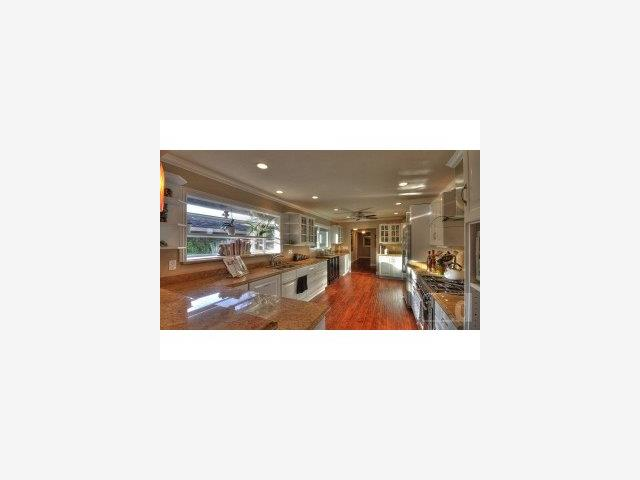 1290 Hillcrest Drive, San Jose, CA 95120 $1,349,950 Www.thejenkinsteam.com  MLS#81017211