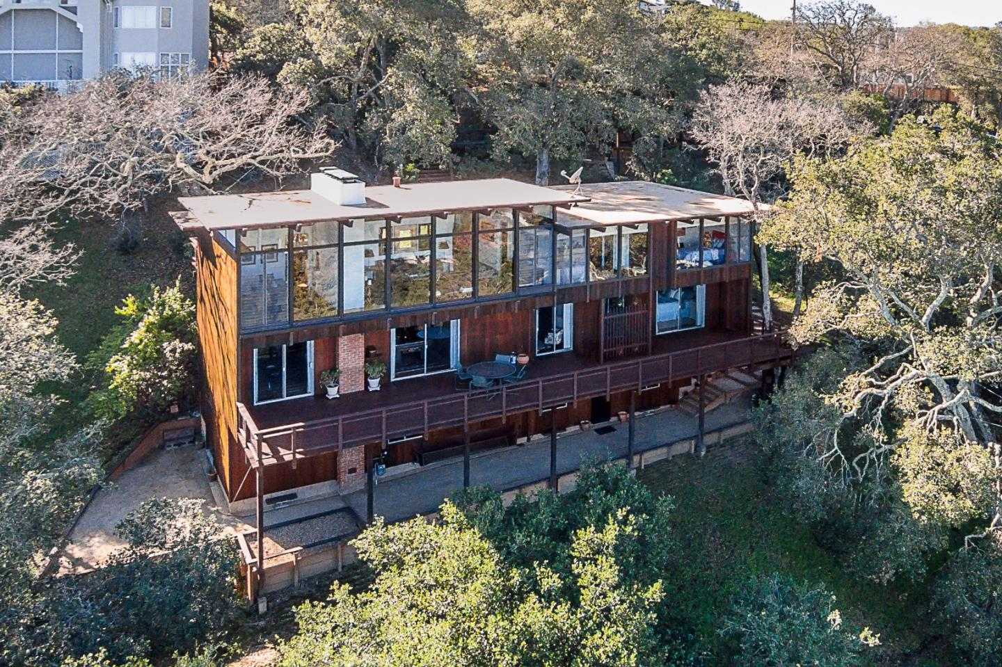 Portola Valley, CA 94028 $2,495,000 www campusrealtorteam