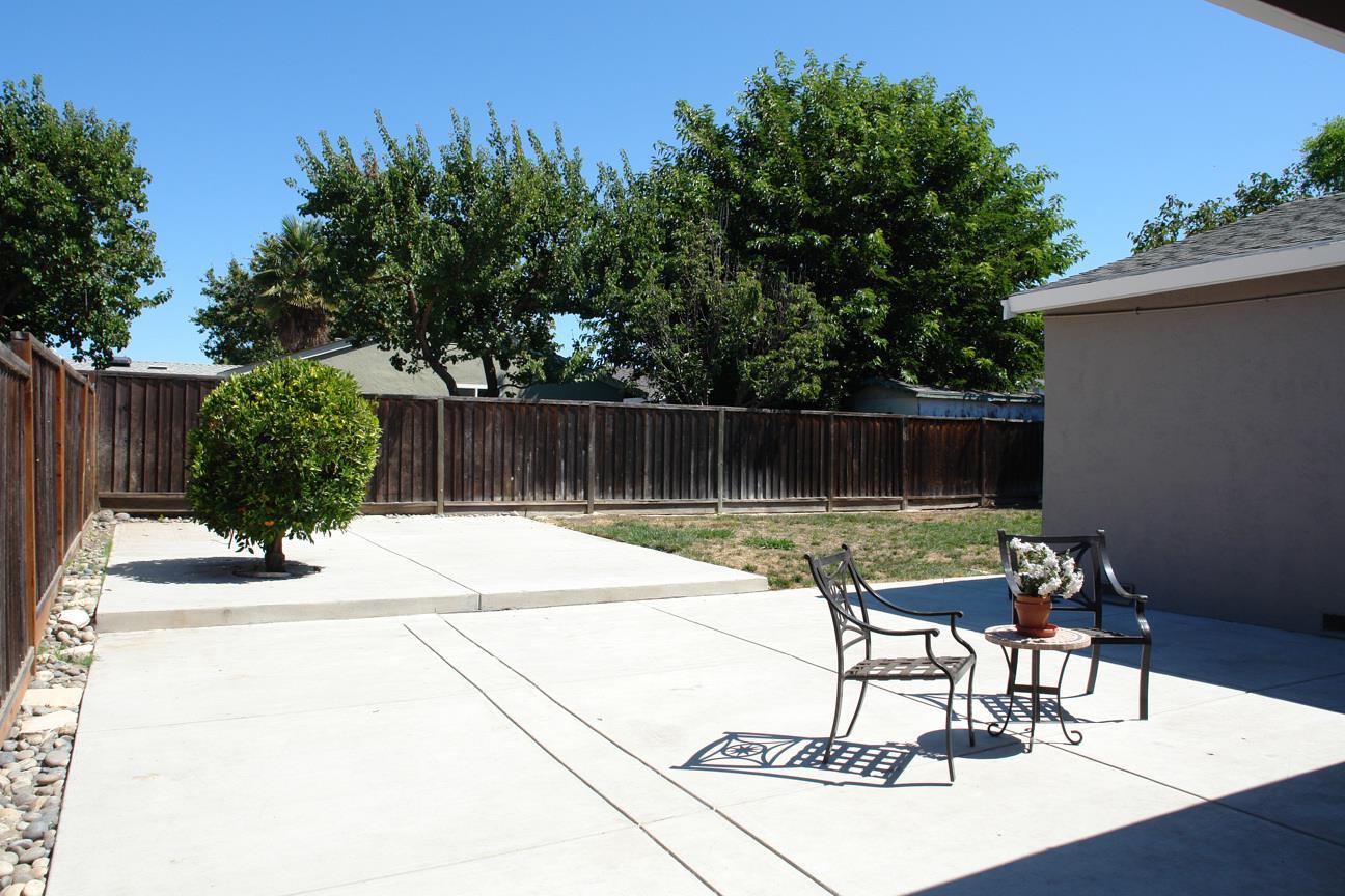 583 Modoc Court, San Jose, CA 95123 $770,000 www jacobdavishomes com