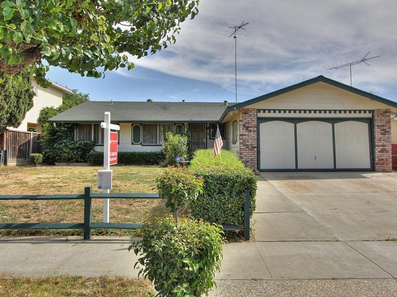 856 Deboer Lane, San Jose, CA 95111 $548,000 www