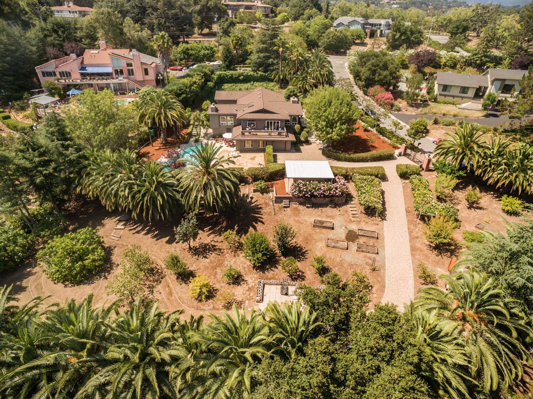 13120 Delson Court, Los Altos Hills, CA 94022 $2,998,000 www ...