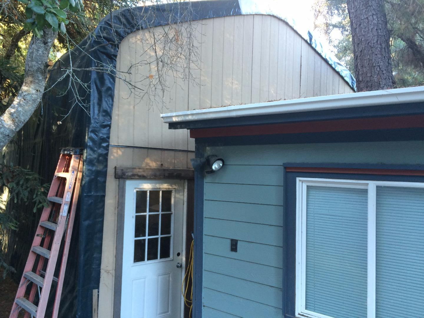 Scotts Valley CA Single Family Home with 3 bedrooms and 2 bathrooms