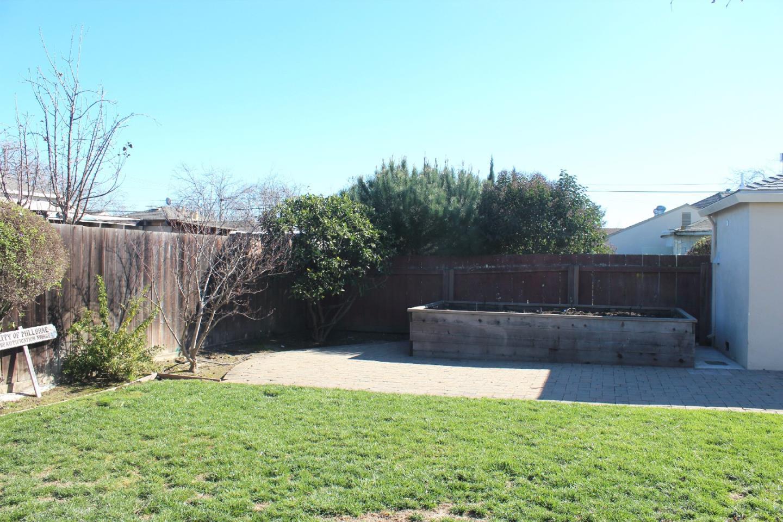 310 Beverly Avenue, Millbrae, CA 94030 $868,000 www.yarkinrealty.com ...