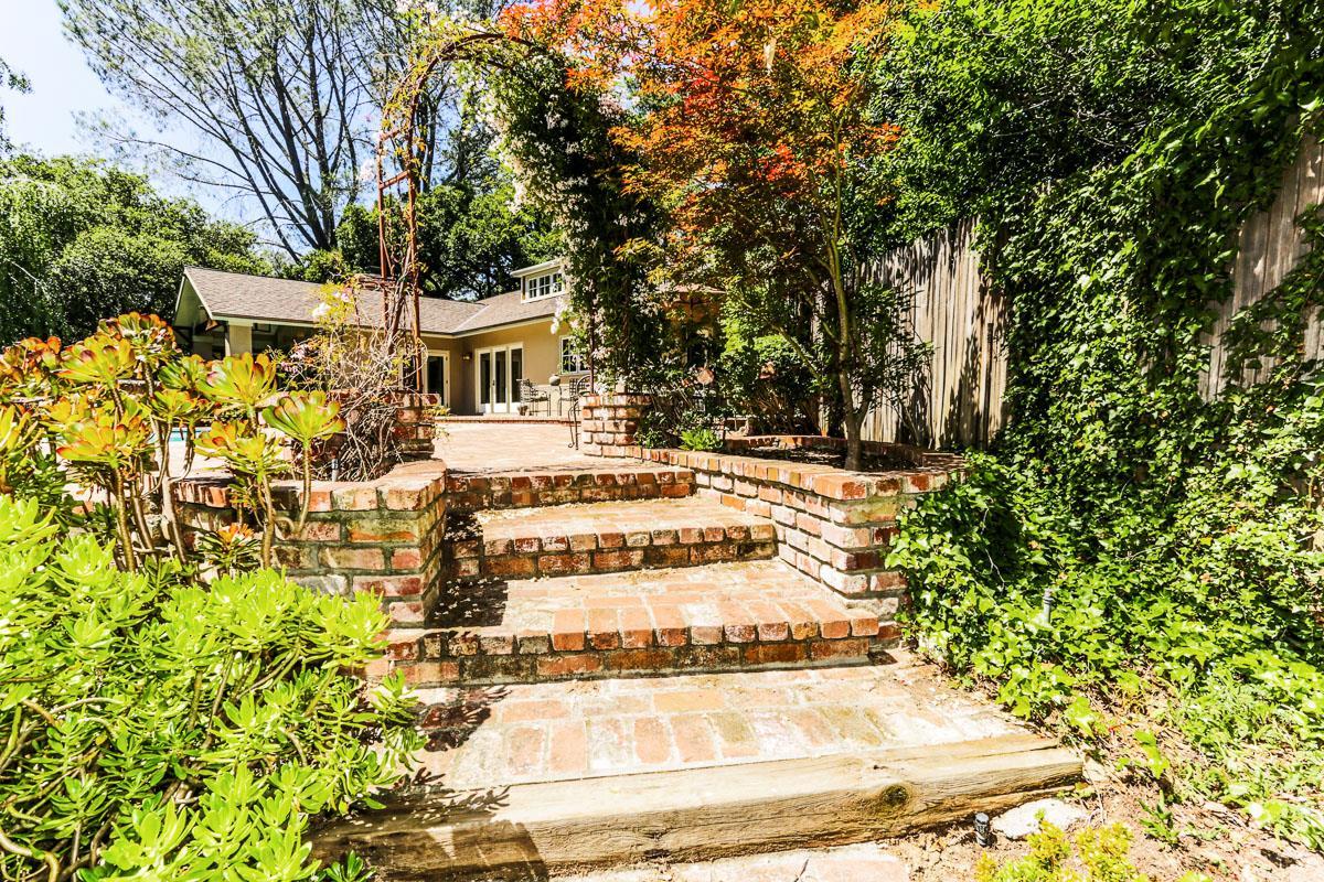 15177 Piedmont Road, Saratoga, CA 95070 $3,475,000 www ...