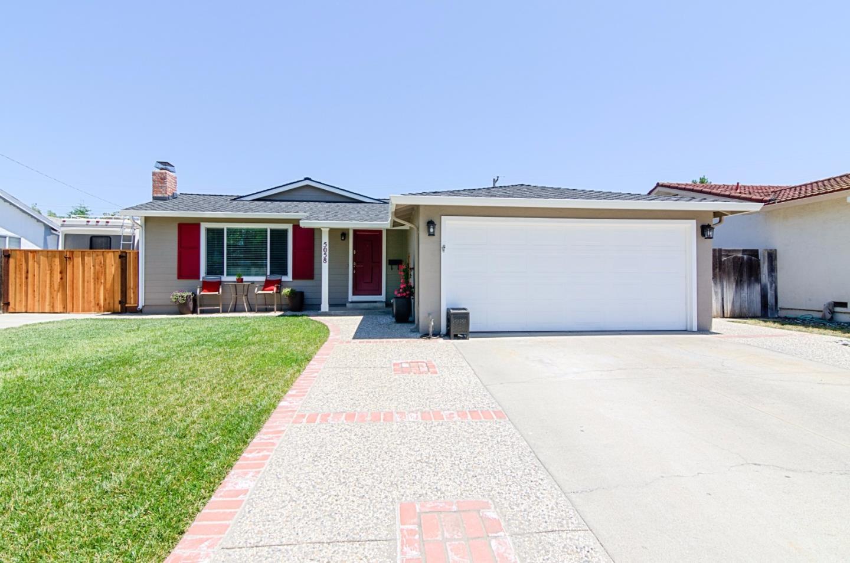 5058 Jarvis Avenue, San Jose, CA 95118 $899,950 www.bobmoreno.net ...