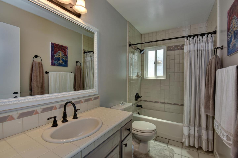 270 Herlong Avenue, San Jose, CA 95123 $739,500 Www.miaburnham.com  MLS#81589587