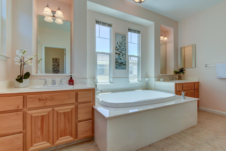 4154 Horizon CT, San Jose, CA 95148 $1,275,000 www.infinitire.com ...