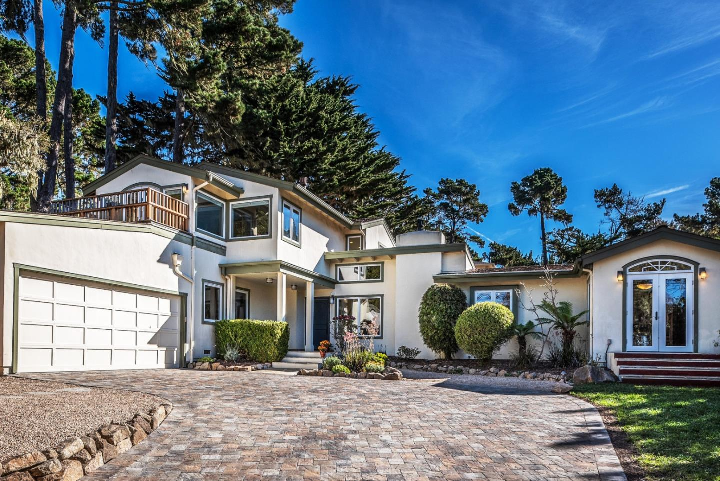Detail Gallery Image 1 of 40 For 3075 Sloat Rd, Pebble Beach, CA, 93953 - 4 Beds | 2 Baths