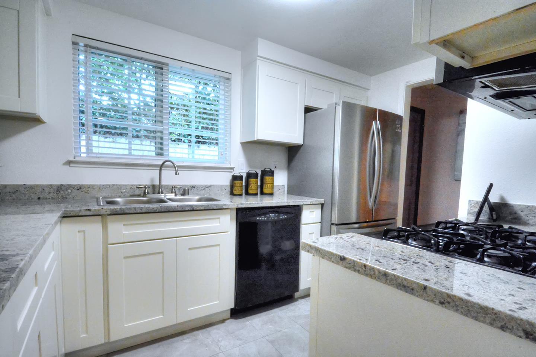 4005 Sunset Terrace, Fremont, CA 94536 $799,000 www.dreamsbytheyard ...
