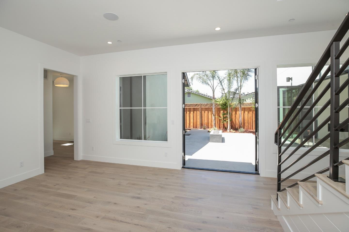 MLS#81637543 $2,299,000 www.dorisvela.com 1890 Johnston AVE, San ...