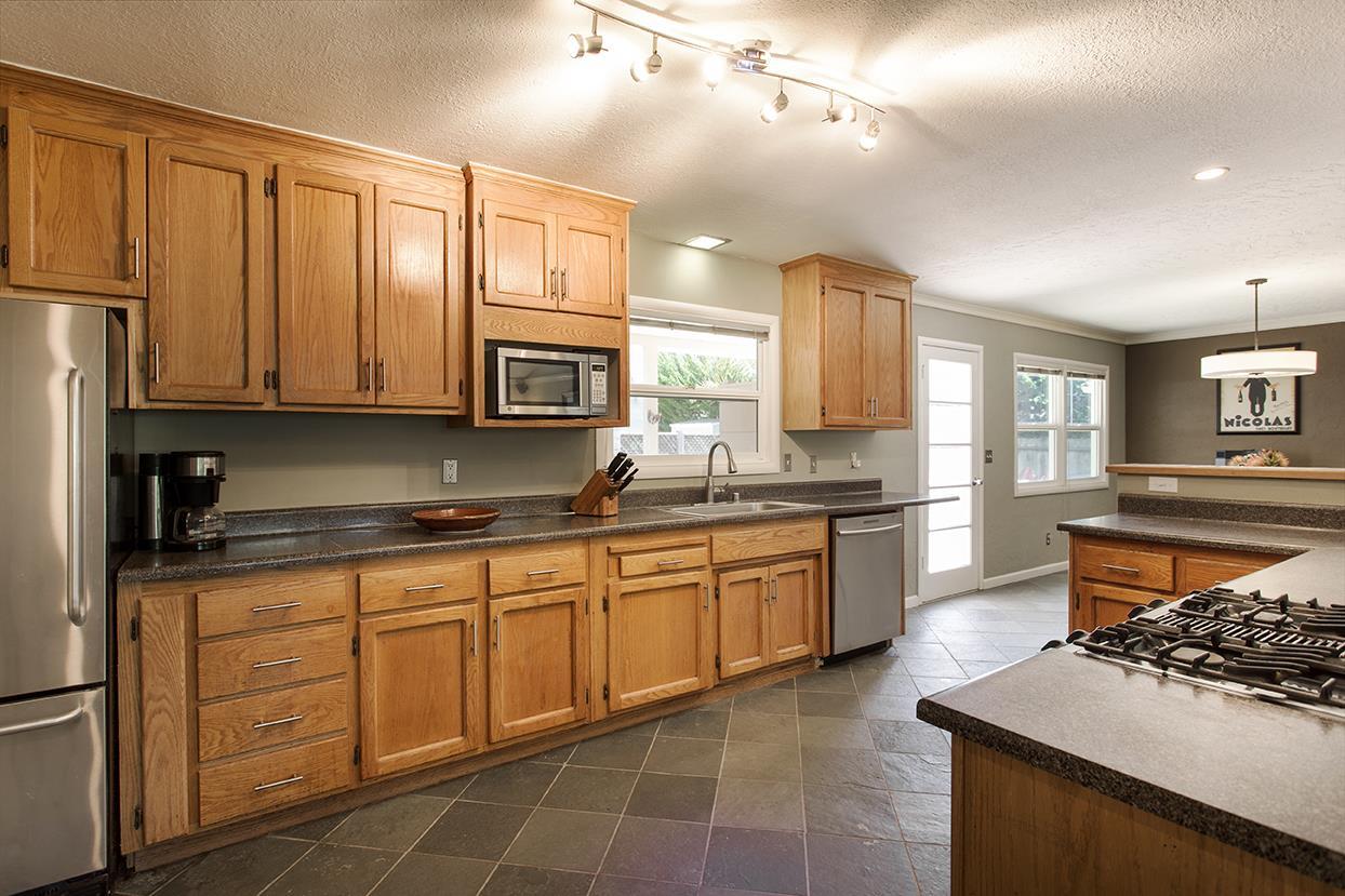 3130 Stanley Avenue, Santa Cruz, CA 95065 $789,000 www ...