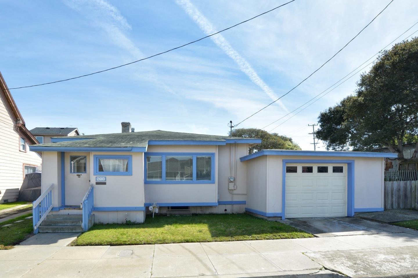 Property for sale at 511 17th ST, Pacific Grove,  CA 93950