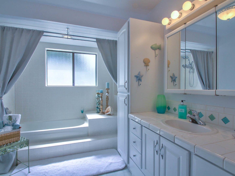 MLS#81677175 $629,000 www.cristinapowerhouse.com 9918 Mimosa Path ...