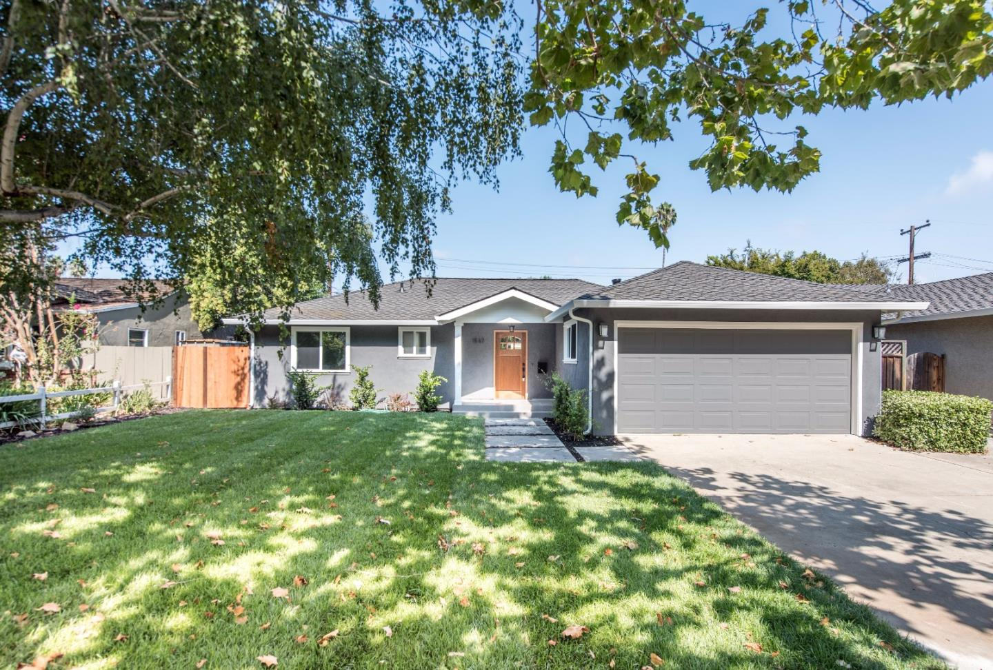 Superbe 1567 Garden Glen Way, San Jose, CA 95125