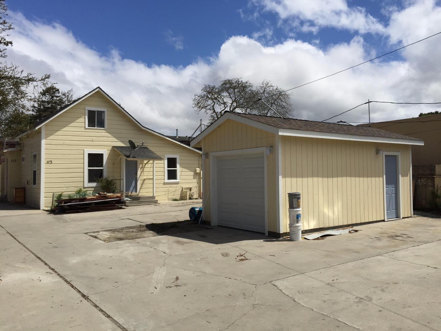 111 LORIMER ST, SALINAS, CA 93901  Photo 2