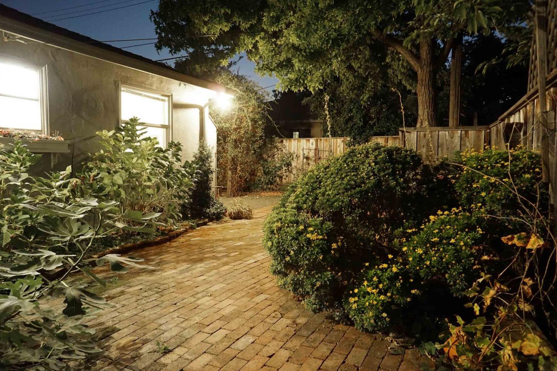 1144 Blackfield Drive, Santa Clara, CA 95051 $1,100,000 www ...