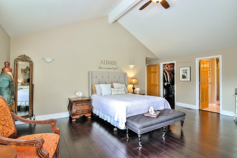 1165 Sonnys Way, Hollister, CA 95023 $595,000 www.aldinarealestate ...