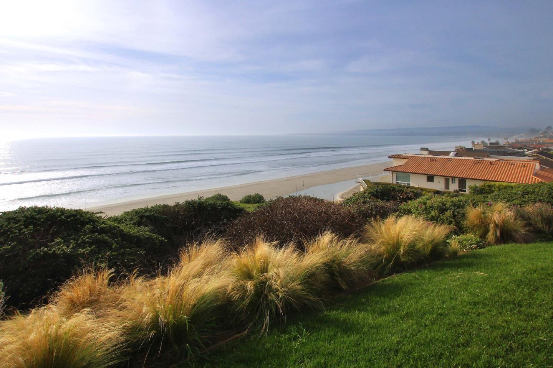 1106 Via Malibu , Aptos, CA 95003 $5,500,000 www.nancycomstock.com Malibu Oceanfront Home Design With Stunning Ocean View on