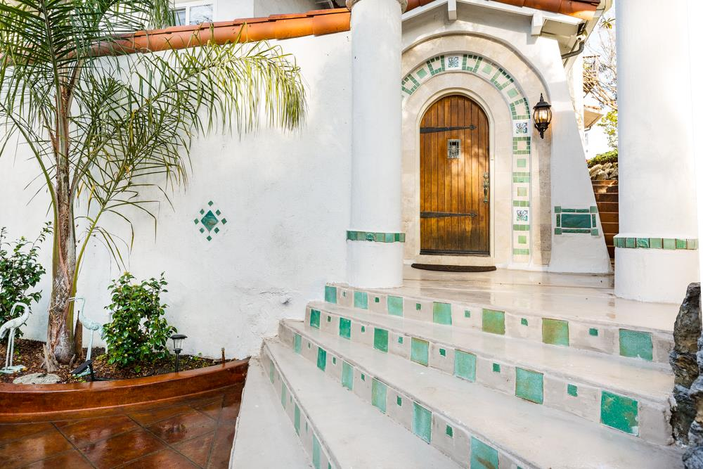 Single Family Home for Sale at 100 Beach Villa Lane 100 Beach Villa Lane Aptos, California 95003 United States