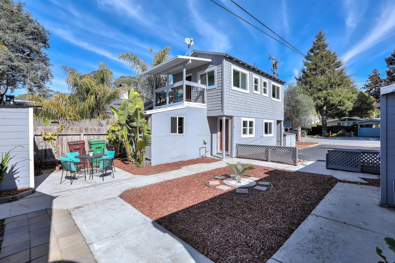 207 Oakland Avenue Capitola, CA 95010 - MLS #: ML81692295