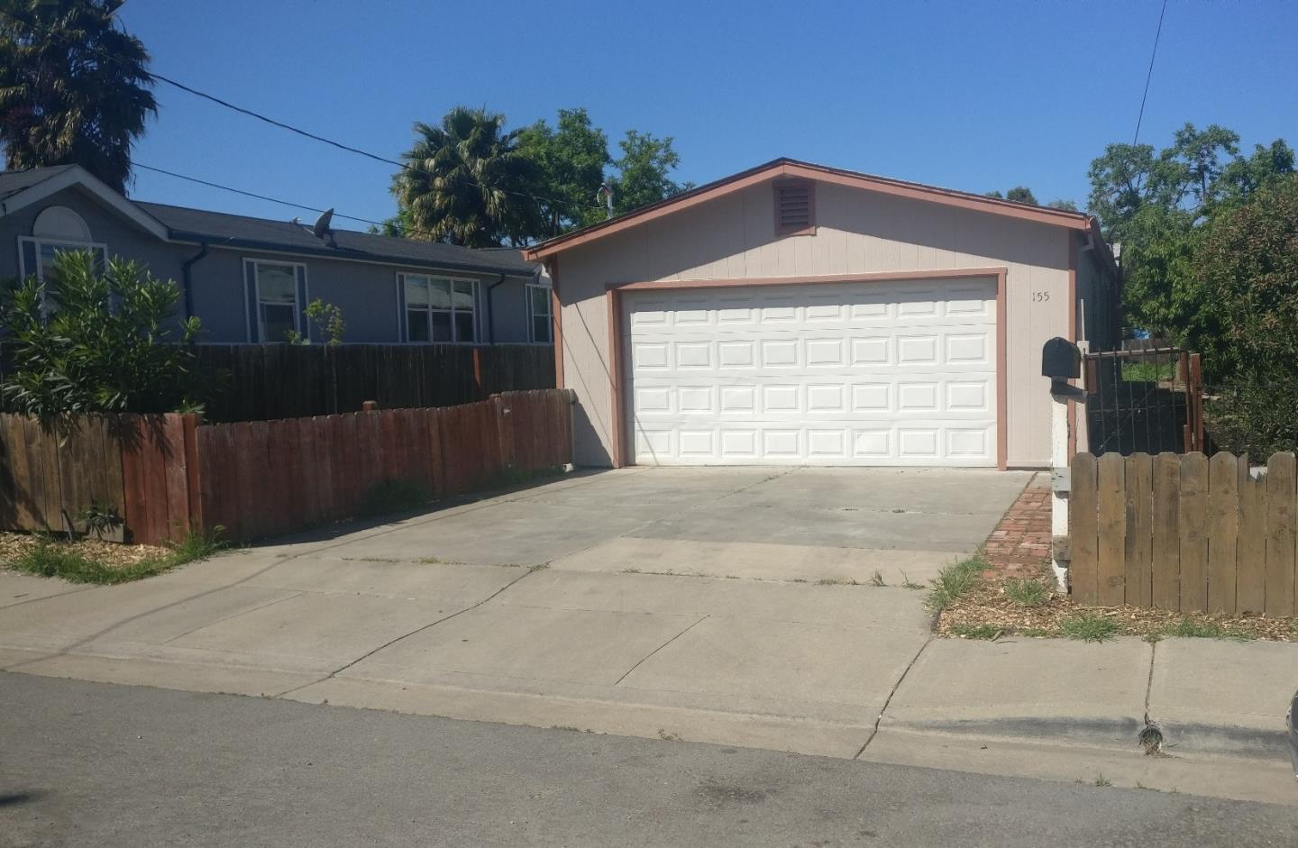 Casa Unifamiliar por un Venta en 155 Crivello Avenue 155 Crivello Avenue Bay Point, California 94565 Estados Unidos