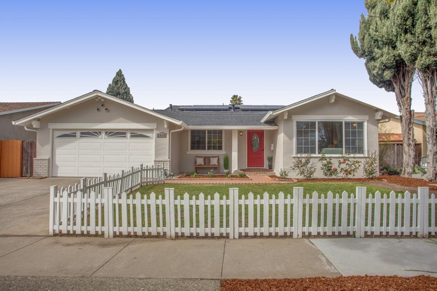 Detail Gallery Image 1 of 1 For 2935 Valhalla Dr, San Jose, CA 95132 - 4 Beds | 2 Baths