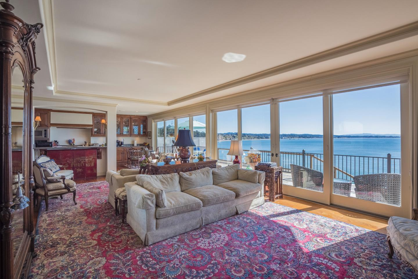 Detail Gallery Image 1 of 1 For 108 Grove Ln, Capitola, CA, 95010 - 3 Beds | 3/1 Baths