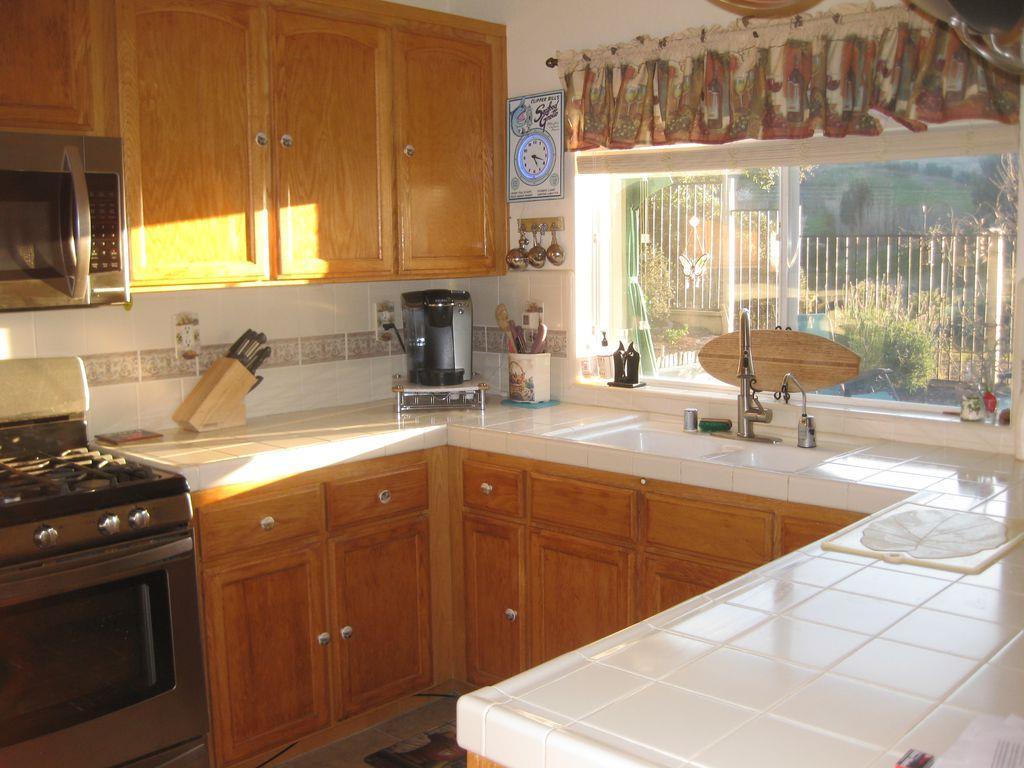 27311 Bavella Way, Salinas, Ca 93908   Dumas & Company