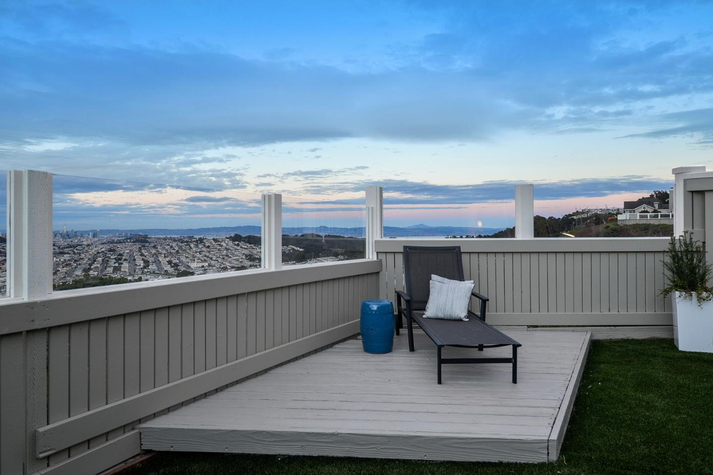172 Tree View Dr, Daly City, CA 94014 - 2 Beds   2/1 Baths (Sold ...