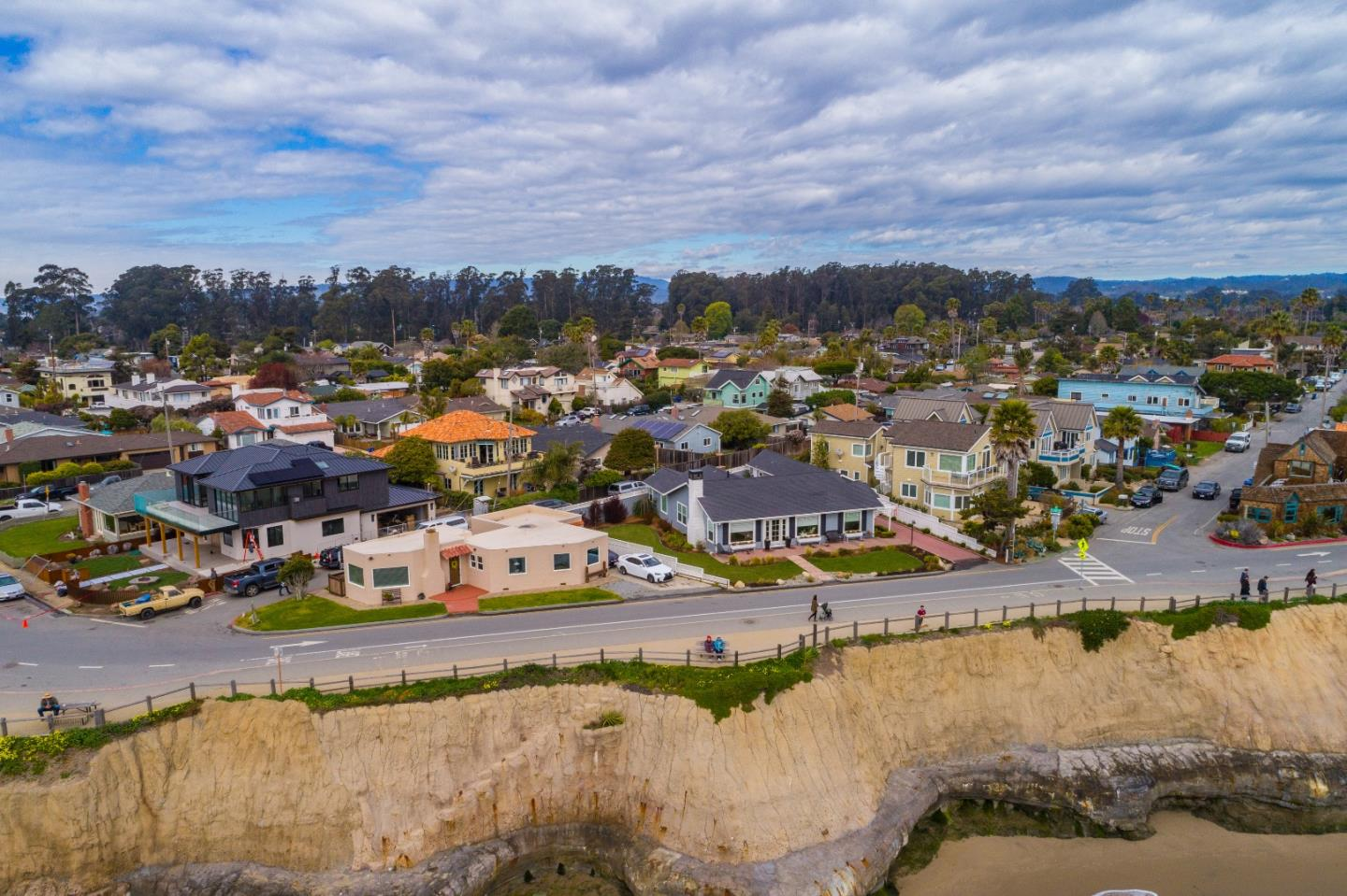 23311 Ea Cliff Drive Santa Cruz, CA 95062 - MLS #: ML81696065