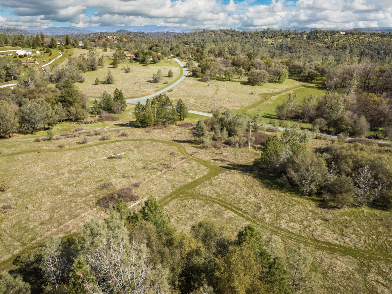 土地 為 出售 在 10925 Houghton Ranch Road 10925 Houghton Ranch Road Penn Valley, 加利福尼亞州 95946 美國