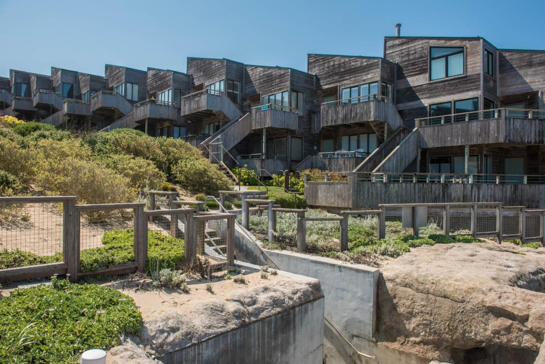1 Surf Way Unit 139 Monterey, CA 93940 - MLS #: ML81698760