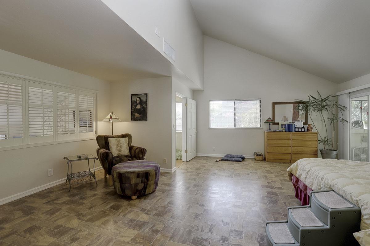 109 Vasona Oaks Drive Los Gatos, CA 95032 - MLS #: ML81698899