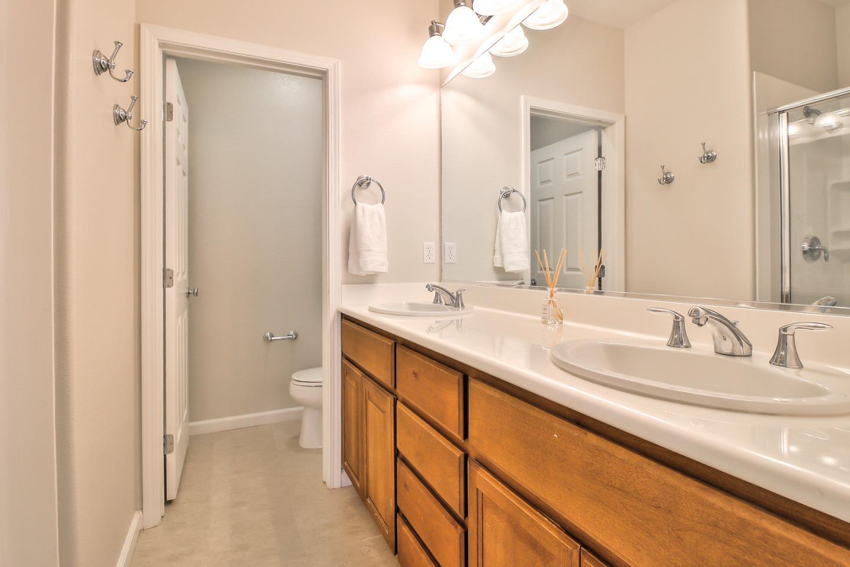 Glen Valley Terrace Sunnyvale CA - Bathroom stores nearby