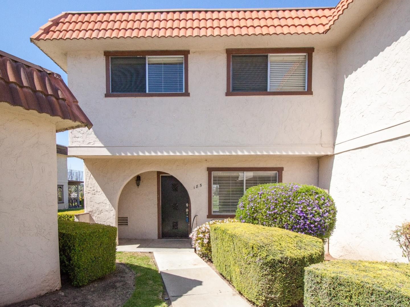 Detail Gallery Image 1 of 1 For 185 Villa Pacheco Ct, Hollister, CA 95023 - 3 Beds | 2/1 Baths