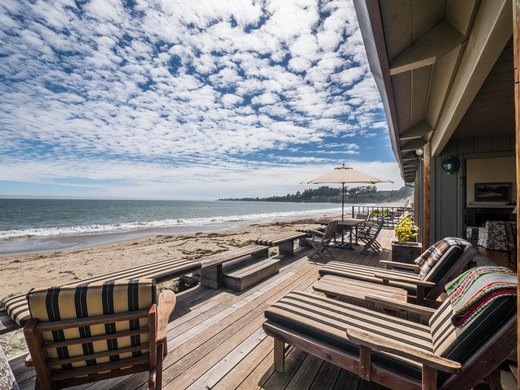 24 POTBELLY BEACH RD, APTOS, CA 95003