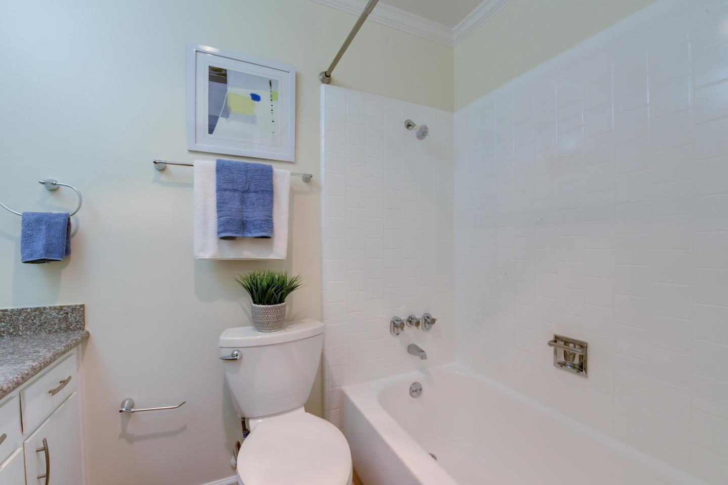 1614 Hudson Street Unit 209 Redwood City, CA 94061 - MLS #: ML81700736
