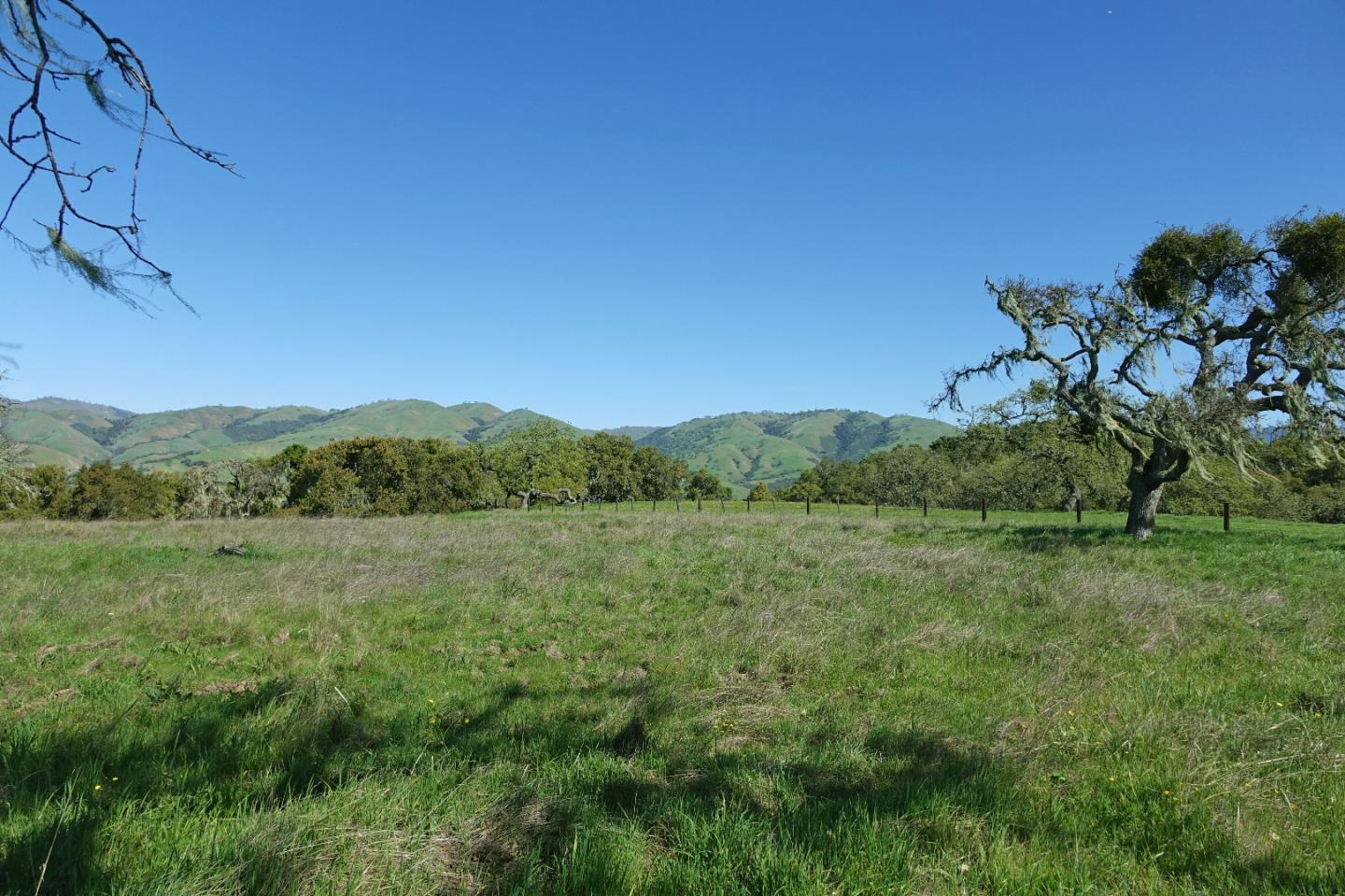 Property for sale at 33734 Old Country RD, Carmel Valley,  CA 93924