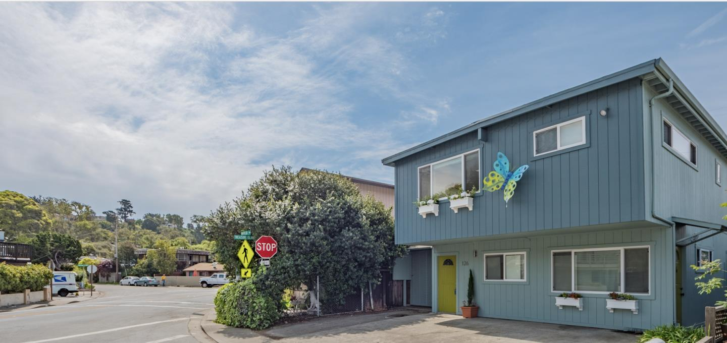 Detail Gallery Image 1 of 1 For 126 Winfield Way, Aptos, CA 95003 - 4 Beds | 2 Baths