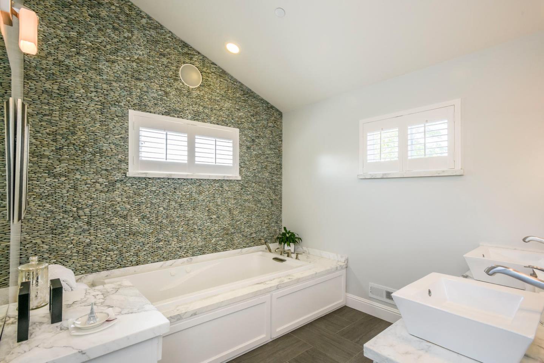 414 26th Avenue, San Mateo, CA 94403 $2,350,000 www.sherylfleming ...
