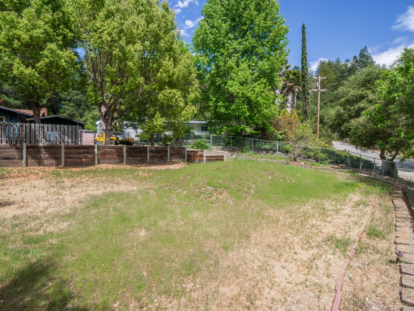 300 Circle Way Boulder Creek, CA 95006 - MLS #: ML81704370