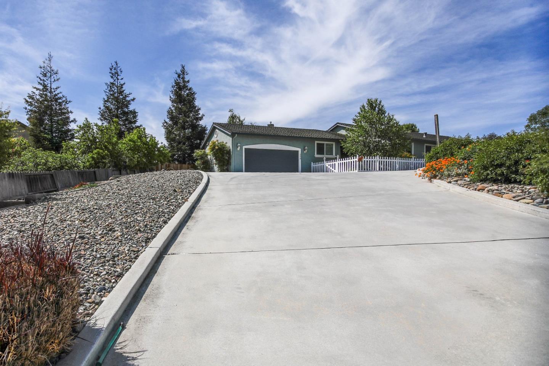 1000 Oak Creek Court, Hollister, CA, 95023 | Better Homes and ...