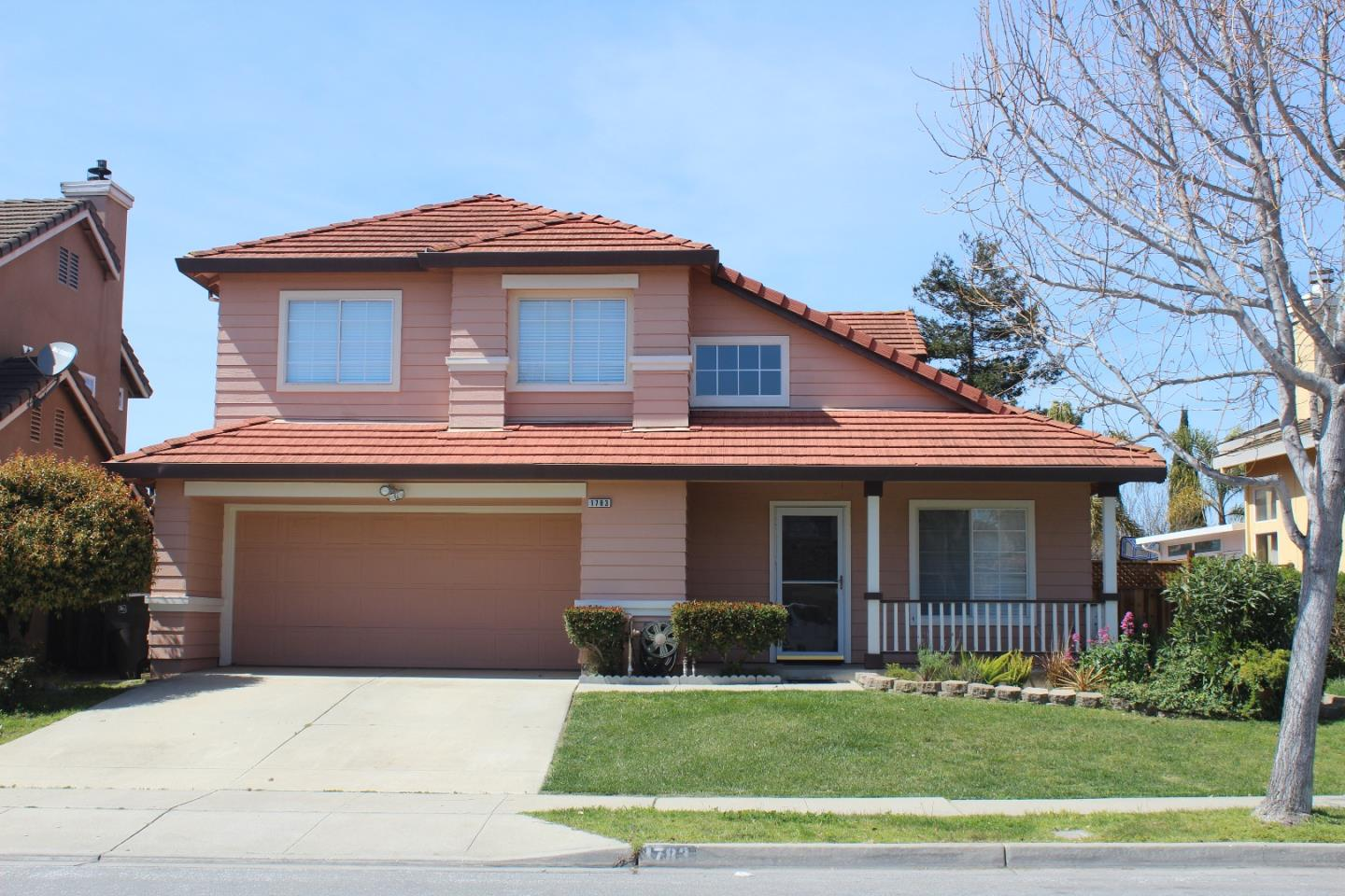 Detail Gallery Image 1 of 1 For 1783 Broadway Dr, Salinas,  CA 93906 - 4 Beds | 2/1 Baths